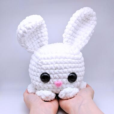 The final result: a crocheted bunny rabbit